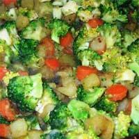 Картофель тушеный с брокколи