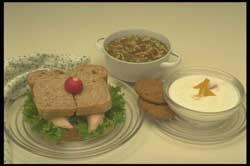 http://www.gurmania.ru/img/recepies/sandwich/buterbrodq_dlja_ljubimogo.jpg