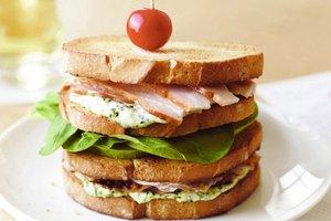 Клубный сандвич – почему так называется?