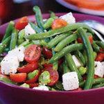 Микс-салат из фасоли и помидоров