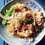 Рис с жареными креветками