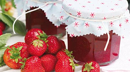 Едим фрукты круглый год - консервируем варенье.